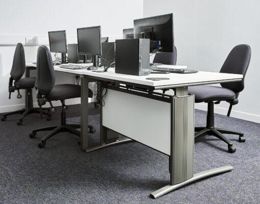 Gresham D3K Manual Height Adjustable Desk